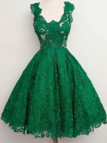 Green Plain Lace Pleated Zipper Hollow-out Round Neck Midi Dress