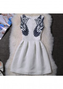 White Flowers Pleated Round Neck Vintage Polyester Mini Dress