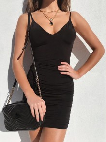Black Condole Belt Cut Out Round Neck Fashion Mini Dress