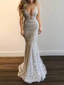 White Patchwork Lace Deep V-neck Spaghetti Strap Mermaid Banquet Maxi Dress