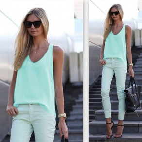 Light Green Plain U-neck Sleeveless Loose Sexy Blouse