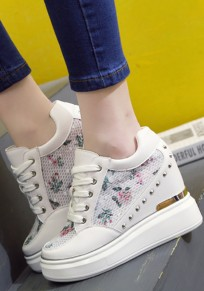 White Within The Higher Rivet Grenadine Patchwork Fashion Heavy-Soled Shoes