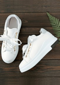 White Round Toe Flat Pearl Casual Shoes