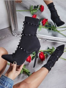 Black Point Rivet Fashion High-Heeled Boots