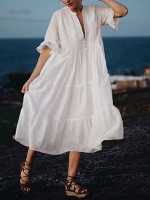 White Pleated Buttons V-neck Half Sleeve Fashion Beach Maxi Dress