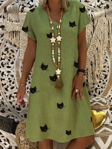 Green Animal Pattern Bodycon Knee Length V-neck Short Sleeve Going out Midi Dress