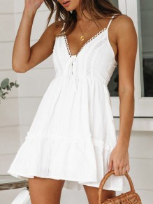 White Lace Spaghetti Strap V-neck Cute Holiday Summer Ladies Mini Dress