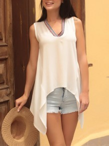White Floral Irregular V-neck Fashion T-Shirt