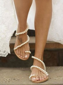 White Round Toe Flat Pearl Sweet Fashion Sandals