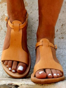 Brown Round Toe Flat Cut Out Buckle Fashion Sandals