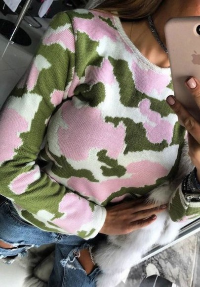 Green Camouflage Round Neck Long Sleeve Pullover Sweater