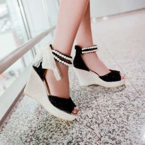 Black Piscine Mouth Wedges Pearl Fashion Sandals