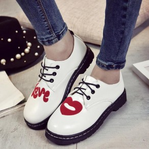 White Round Toe Flat Love Print Casual Shoes