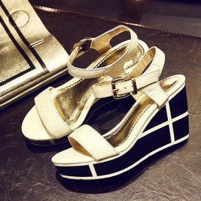 White Piscine Mouth Wedges Buckled Casual Ankle Sandals