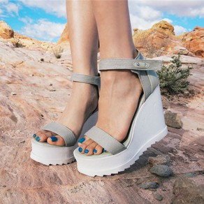 Grey Piscine Mouth Wedges Buckled Casual Ankle Sandals