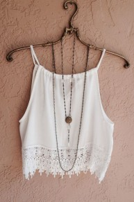 Black Plain Condole Belt Lace Hollow-out Round Neck Sexy Vest